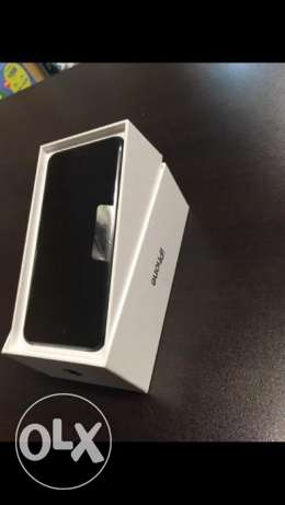 Brand-new Apple iPhone 7 Plus 256 gb unlocked